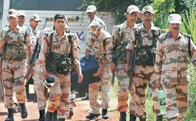 Amid Crackdown Centre moves 100 companies of paramilitary forces to Srinagar