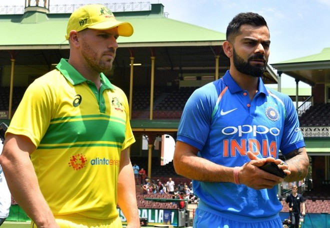 India VS Australia: Aus won the TOSS